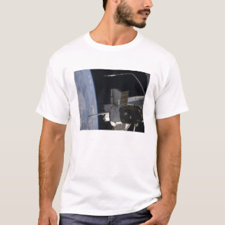 Space Shuttle Discovery 10 T-Shirt