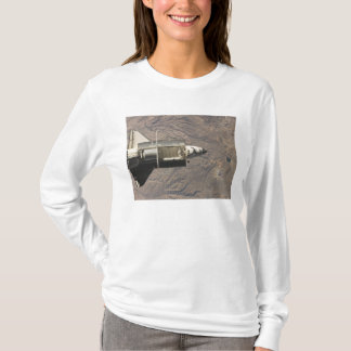 Space Shuttle Discovery 4 T-Shirt