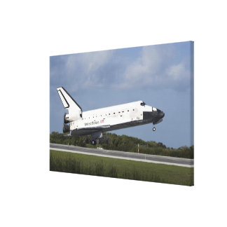 Space shuttle Discovery lands on Runway 33 3 Canvas Print