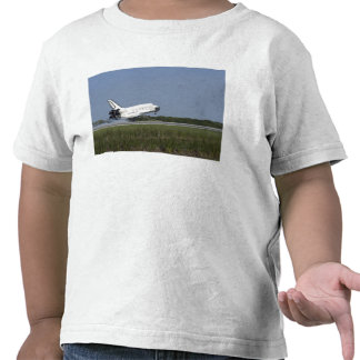 Space shuttle Discovery lands on Runway 33 4 Shirts