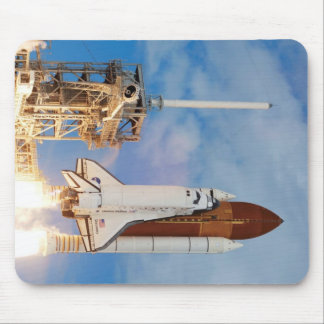 Space Shuttle Discovery Mouse Pad