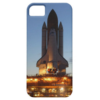 Space Shuttle Discovery on launch pad iPhone SE/5/5s Case