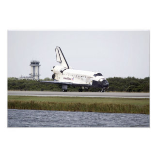 Space Shuttle Discovery on the runway Photo Print