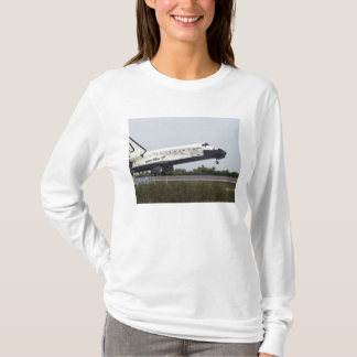 Space Shuttle Discovery touches down T-Shirt