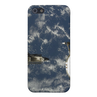 Space Shuttle Endeavour and a Soyuz spacecraft iPhone SE/5/5s Cover