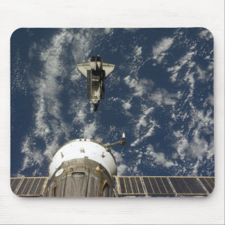Space Shuttle Endeavour and a Soyuz spacecraft Mouse Pad