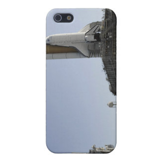 Space Shuttle Endeavour approaches the launch p iPhone 5 Cover