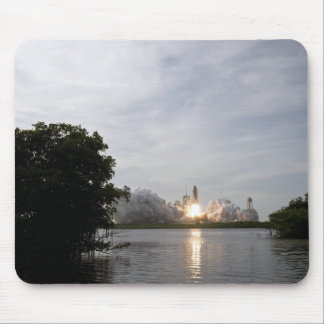 Space Shuttle Endeavour lifts off 3 Mouse Pad