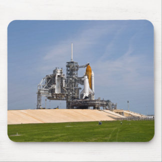 Space Shuttle Endeavour on the launch pad 4 Mouse Pad