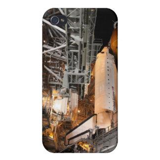 Space Shuttle Endeavour on the launch pad iPhone 4/4S Case