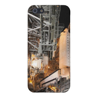 Space Shuttle Endeavour on the launch pad iPhone SE/5/5s Case