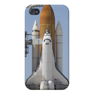 Space Shuttle Endeavour sits ready iPhone 4/4S Case