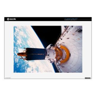 """Space Shuttle in Orbit 2 15"""" Laptop Skin"""