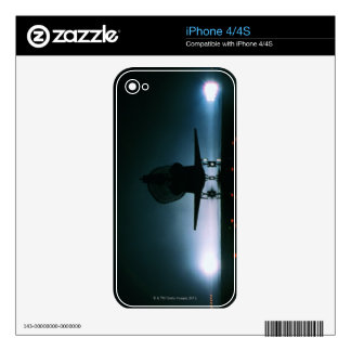 Space Shuttle Landing 2 Skins For The iPhone 4