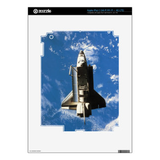 Space Shuttle Orbiting Earth 2 Skin For iPad 3