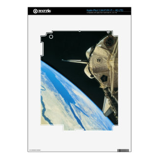 Space Shuttle Orbiting Earth 4 iPad 3 Decal