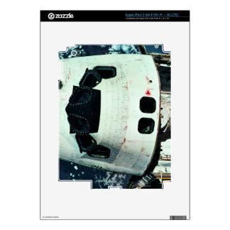 Space Shuttle Orbiting Earth Skin For iPad 3
