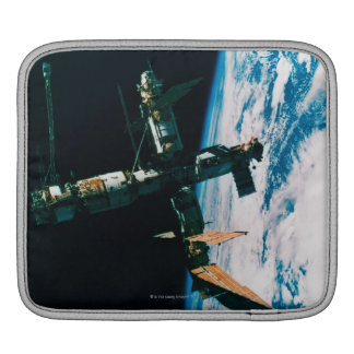 Space Station in Orbit 6 Sleeve For iPads