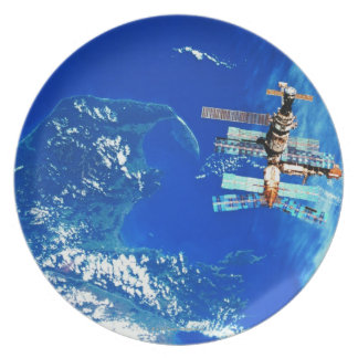 Space Station Orbiting Earth 2 Plate