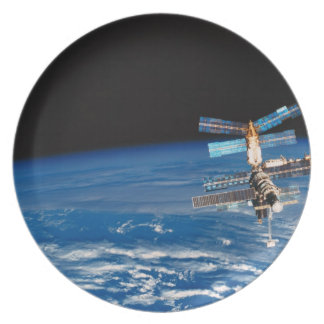 Space Station Orbiting Earth 3 Dinner Plates