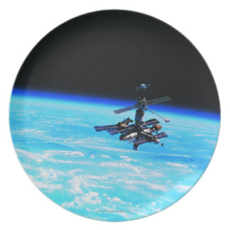 Space Station Orbiting Earth 7 Dinner Plates