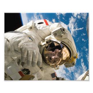 Spacewalk del vendedor de los embarcaderos fotos