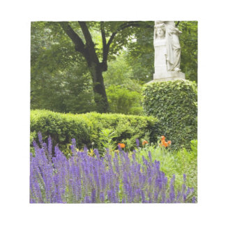 Spain, Madrid. Royal Botanic Garden aka Real Notepad