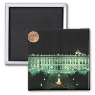 Spain, Madrid, Royal Palace and Plaza de Magnet