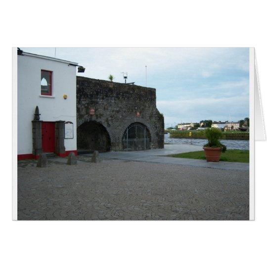 Spanish Arch Card