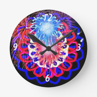 Sparkling 4th of July kaleidoscope clock