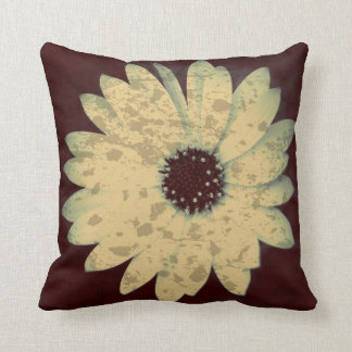 Spattered Daisy Print Throw Pillow