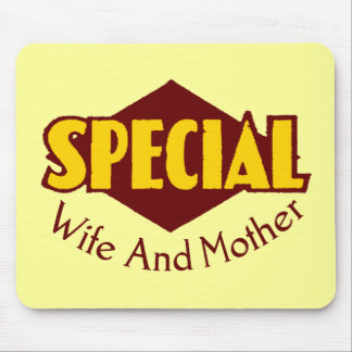 Special Wife T-shirts and Gifts For Mom Mouse Pad