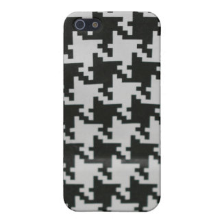 Speck Case in Houndstooth