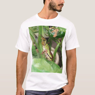 Speckled Frog in the Pepper Plant T-Shirt