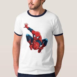 Spider-Man alto sobre la ciudad Playera