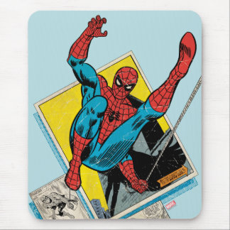 Spider-Man que balancea fuera de los paneles Tapete De Ratón