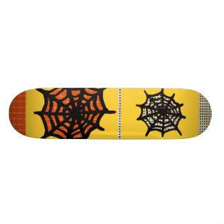 Spider Webz Rider Skateboard