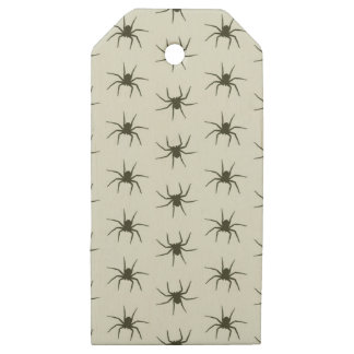 Spiders grey wooden gift tags