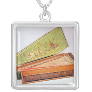 Spinet, 1746 silver plated necklace