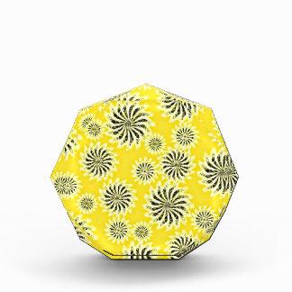 Spinning stars energetic pattern yellow acrylic award