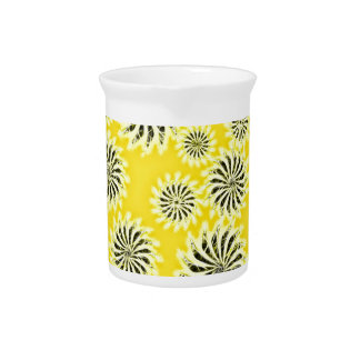 Spinning stars energetic pattern yellow drink pitcher