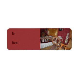 Spinning Wheel Gift Tag