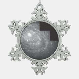 Spiral Galaxy NGC 4603 Snowflake Pewter Christmas Ornament