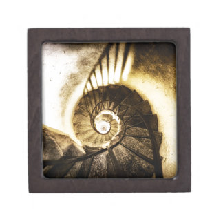 Spiral staircase keepsake box