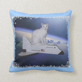 Spirit 2-faced pillow