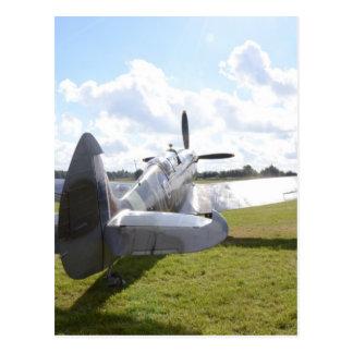 Spitfire bajo de MKIX Tarjeta Postal
