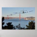 Spitfire y puente Golden Gate Poster