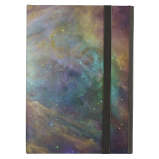 Spitzer y Hubble crean obra maestra colorida