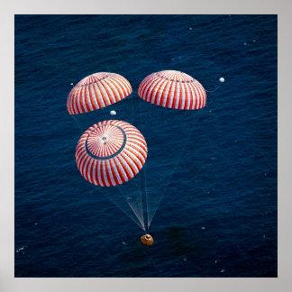 Splashdown de Apolo 16 Posters