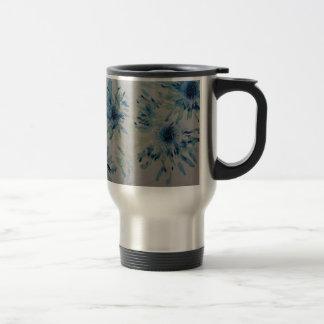 Splashy cobalt  & ice-blue flower heads travel mug